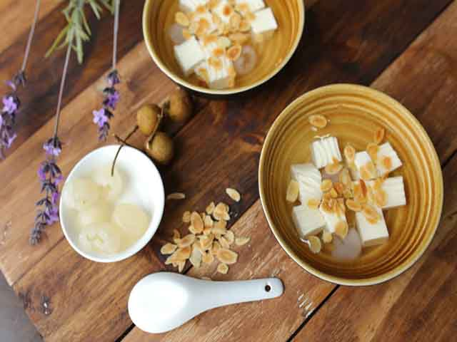che khuc bach - Top 7 Most Delicious Sweet Gruels for Vietnam Cuisine Dessert